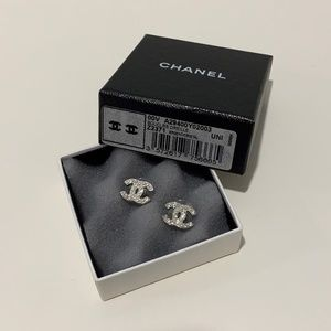 AUTHENTIC CHANEL SILVER TIMELESS CC STUD EARRINGS